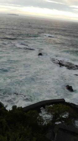 轟く海.jpg